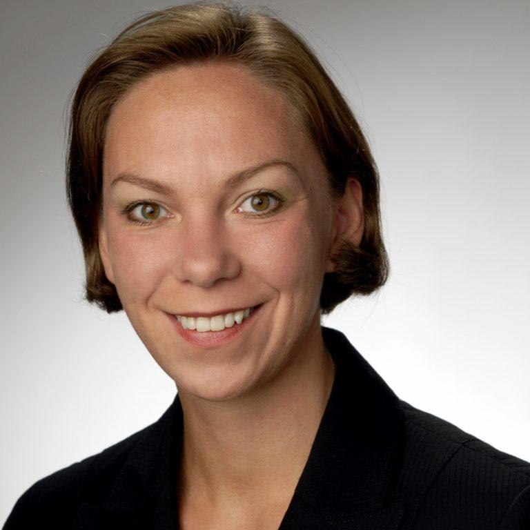 Dr. Hilke Posor