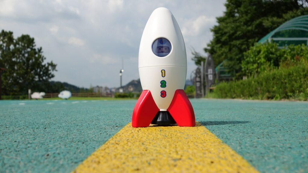 Foto einer Playmobil-Rakete.