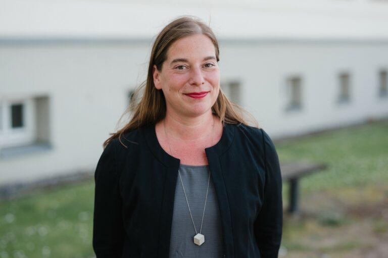 Portraitfoto von Katarina Peranic in Neustrelitz.