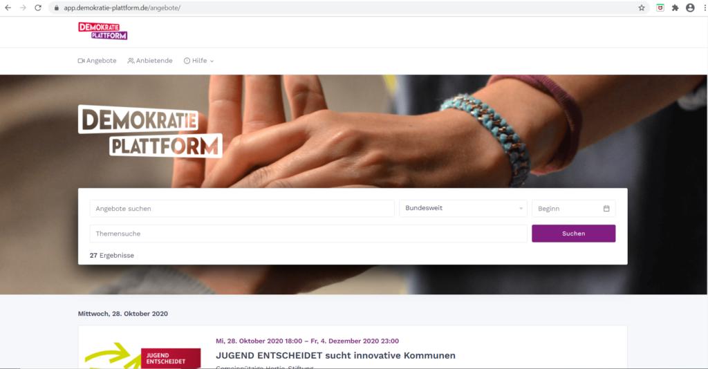 Screenshot der Startseite demokratie-plattform.de zeigt eine Suchmaske und anstehende Veranstaltungen.