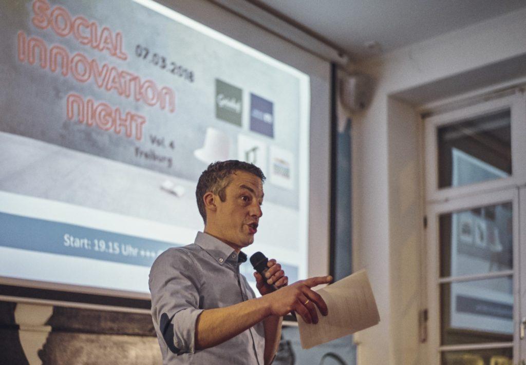 Foto von Hendrik Epe auf der Social Innovation Night